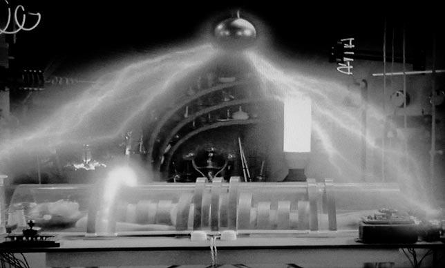 Metropolis 1927 (En iyi bilim kurgu filmleri)
